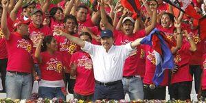comandante_daniel_ortega_celebrando_su_triunfo_presidencial